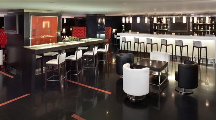 Madrid, Hotel Melia Madrid Princesa, Hotel bar