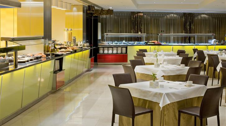 Madrid, Hotel Melia Madrid Princesa, Ontbijtrestaurant