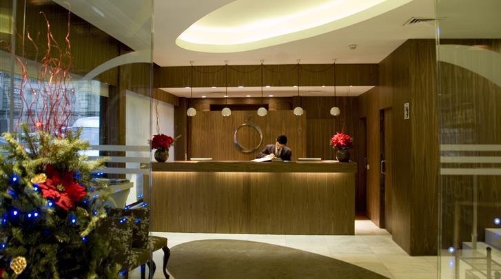 Madrid, Hotel Opera, Receptie