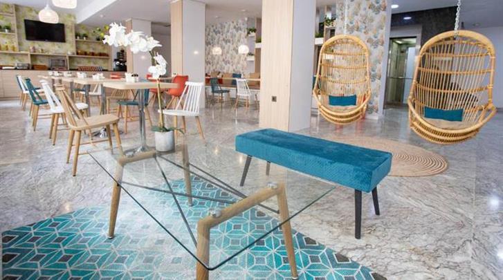 Málaga, Hotel Soho Bahia, Lobby