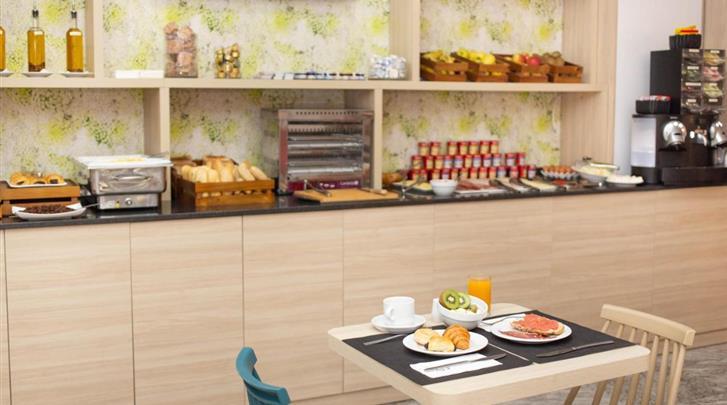 Málaga, Hotel Soho Bahia, Ontbijtbuffet