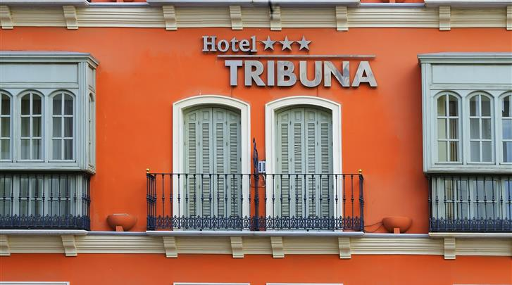 Málaga, Hotel Tribuna Malaguena, Façade hotel
