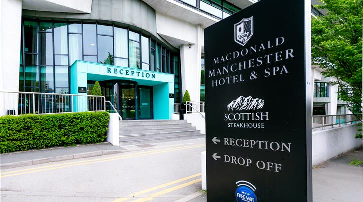 Manchester, Hotel Macdonald Manchester, Façade hotel