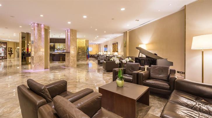 Milaan, Hotel Galles, Lobby