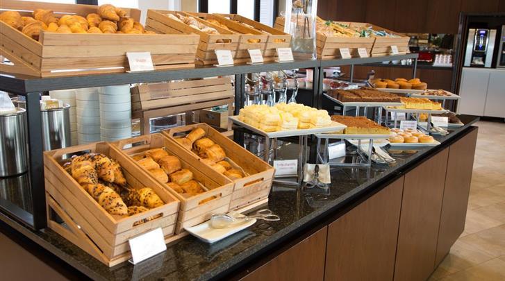 Milaan, Hotel Galles, Ontbijt