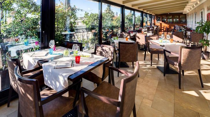 Milaan, Hotel Galles, Restaurant