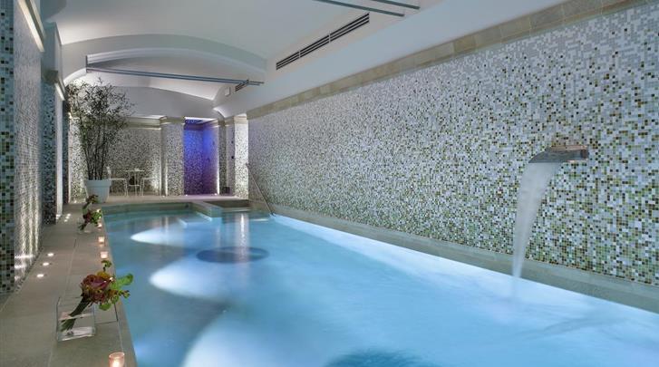 Milaan, Hotel Galles, Zwembad