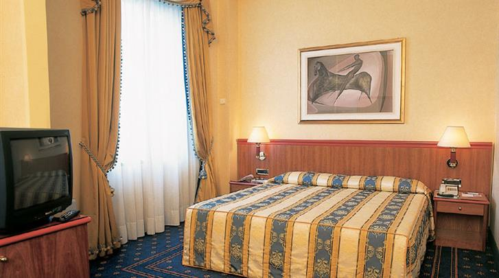 Milaan, Hotel Lloyd