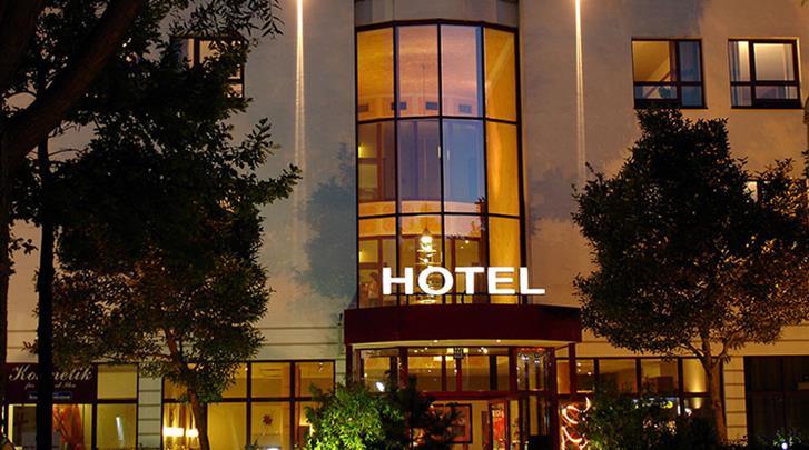 München, Hotel Econtel München, Façade hotel