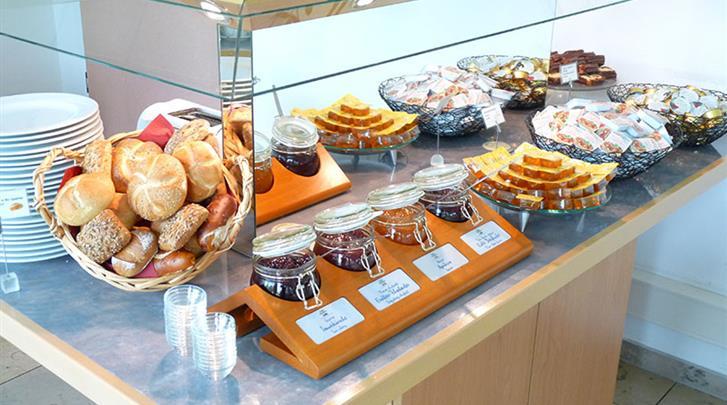 München, Hotel Econtel München, Ontbijt