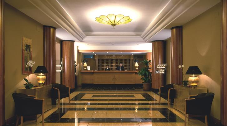 Napels, Hotel Ramada Naples, Receptie