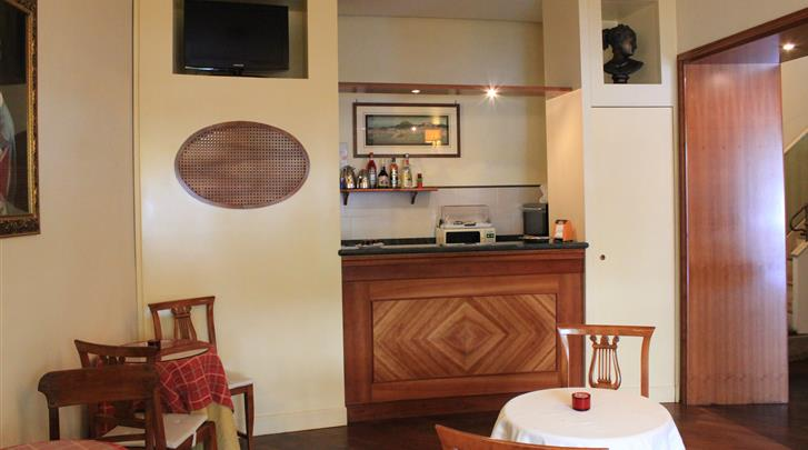 Napels, Hotel Suite Esedra, Hotel bar