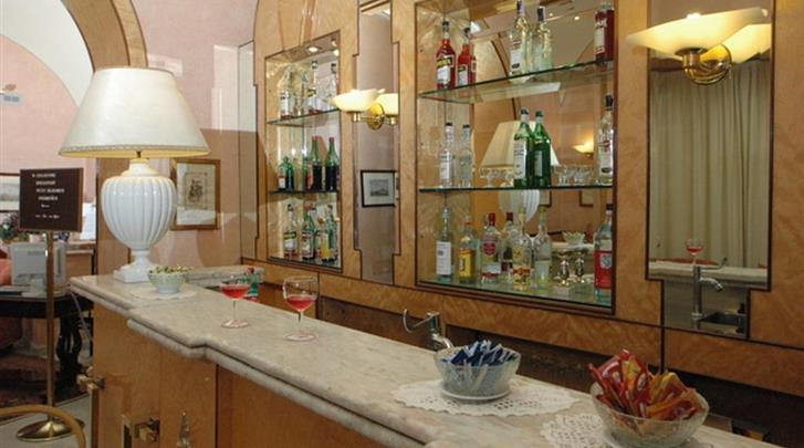 Napels, Nuovo Rebecchino Hotel, Hotel bar