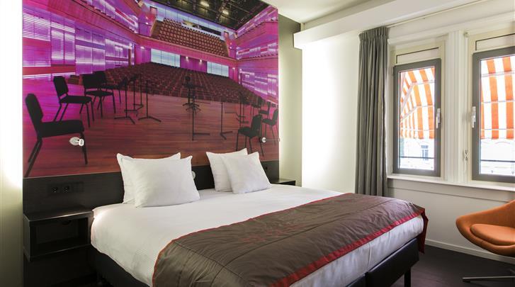 Nederland, Amsterdam, Hotel The Manor, Standaard kamer
