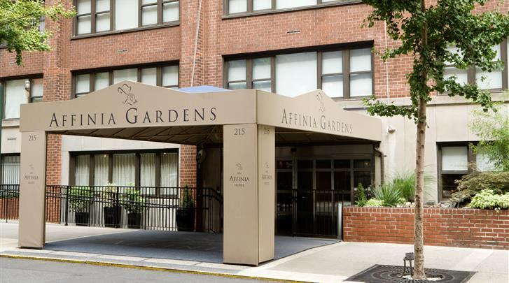 New York, Gardens NYC - an Affinia Hotel, Façade hotel