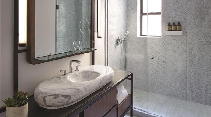 New York, Hotel The James New York NoMad, Badkamer