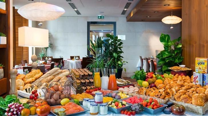 Nice, Hotel Beau Rivage, Ontbijtbuffet