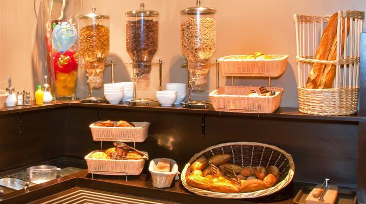 Nice, Hotel Comté de Nice, Ontbijtbuffet