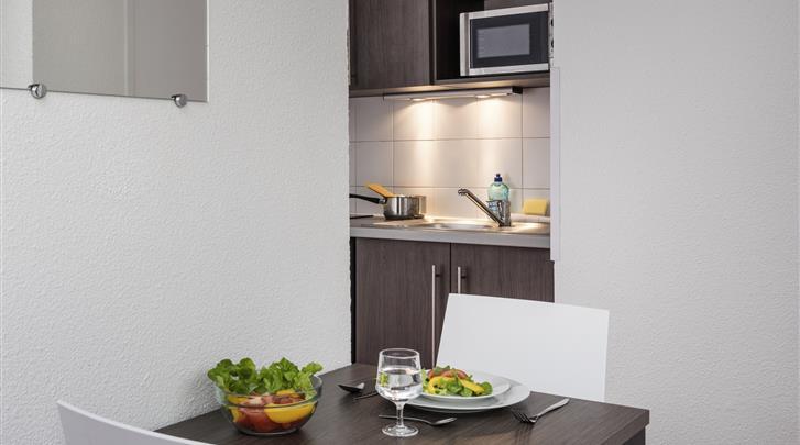 Parijs, Aparthotel Adagio Access Paris La Villette, Studio - Appartement keuken