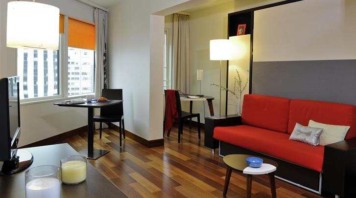 Parijs, Aparthotel Adagio Paris Tour Eiffel, Woonkamer studio & appartement