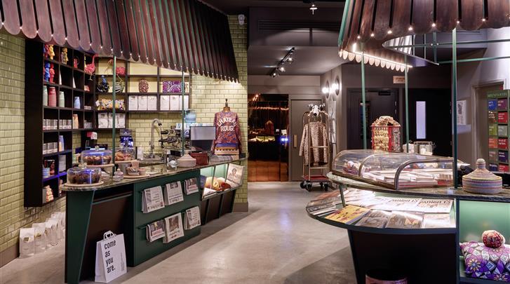 Parijs, Hotel 25hours Paris Terminus Nord, Cafe Corner