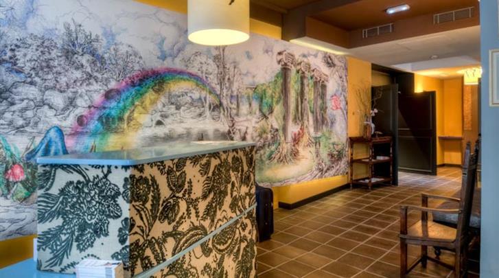 Parijs, Hotel Les Fontaines du Luxembourg, Receptie