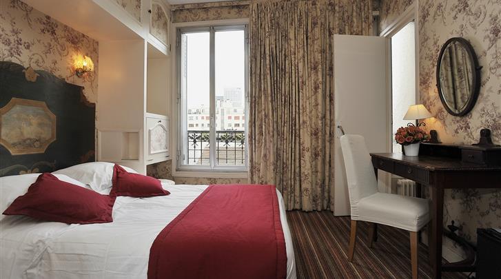 Parijs, Hotel George Sand Courbevoie