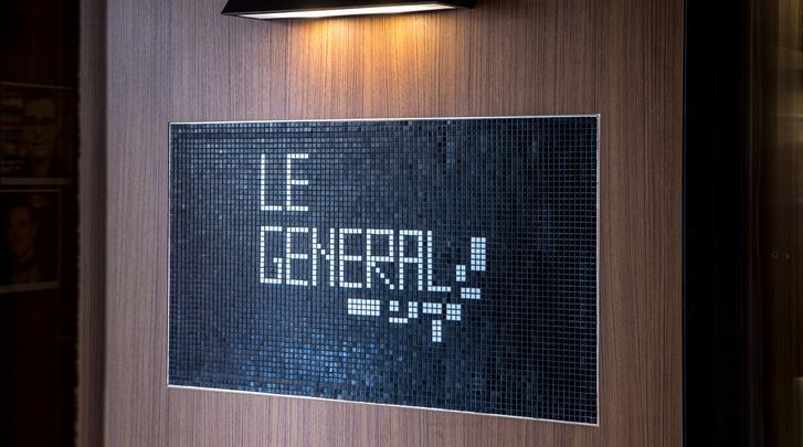 Parijs, Hotel Le Général, Entree
