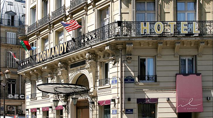 Parijs, Hotel Normandy, Façade hotel
