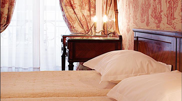 Parijs, Hotel Normandy, Standaard kamer