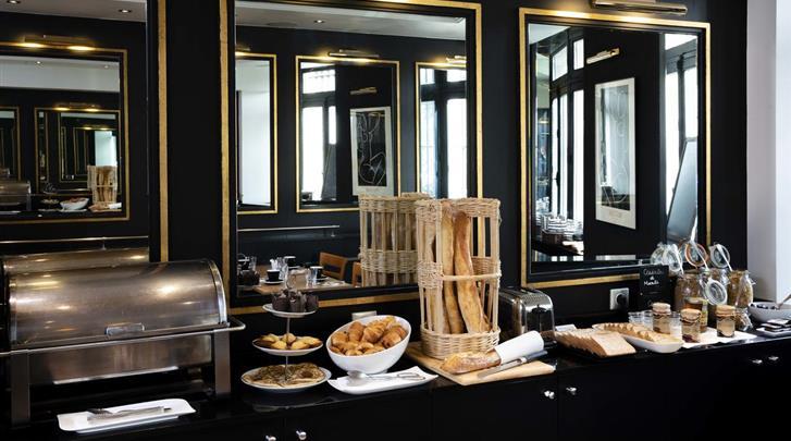 Parijs, Hotel Observatoire du Luxembourg, Ontbijt