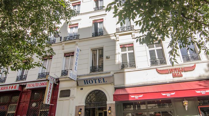 Parijs, Hotel Paris Bruxelles, Façade hotel