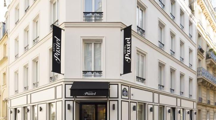 Parijs, Hotel Pastel, Façade hotel