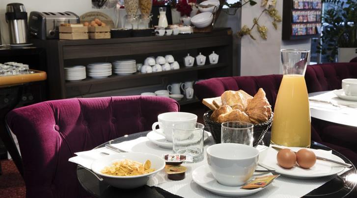 Parijs, Hotel Soft, Ontbijt