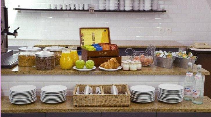 Parijs, Hotel Victoria, Ontbijt