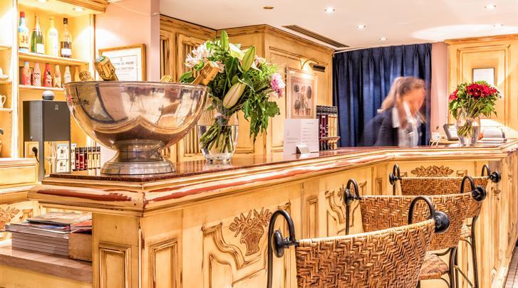 Parijs, Hotel Villa Alessandra, Receptie