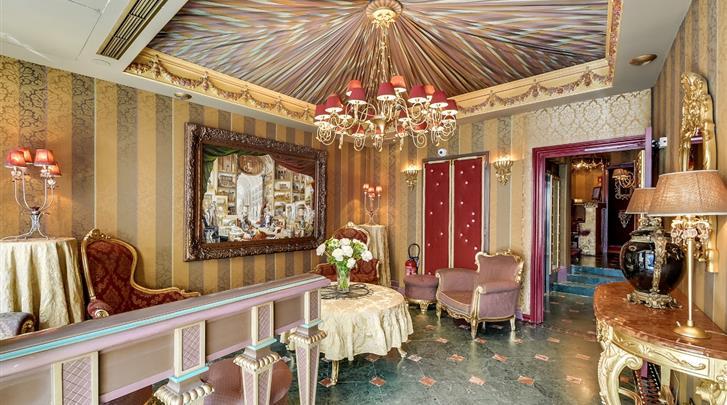 Parijs, Hotel Villa Royale Pigalle, Lobby