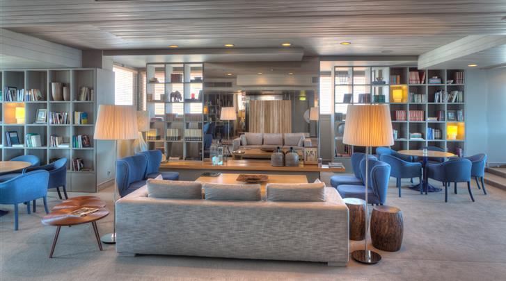 Porto, Hotel Dom Henrique, Hotel bar