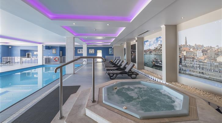 Porto, Hotel Vila Gale Porto, Zwembad
