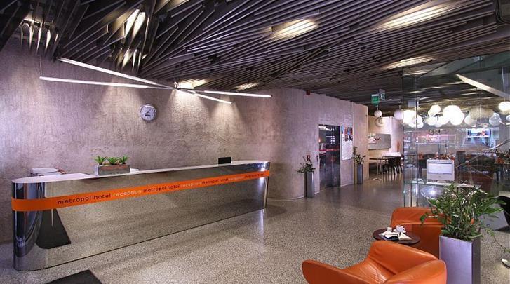 Praag, Designhotel Metropol, Receptie
