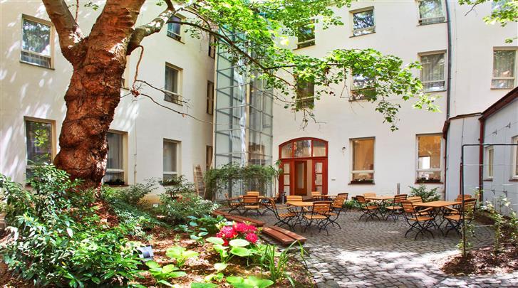 Praag, Hotel Adler Praha, Binnentuin