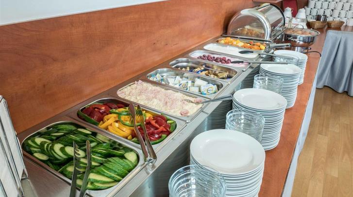 Praag, Hotel Beranek, Ontbijtbuffet