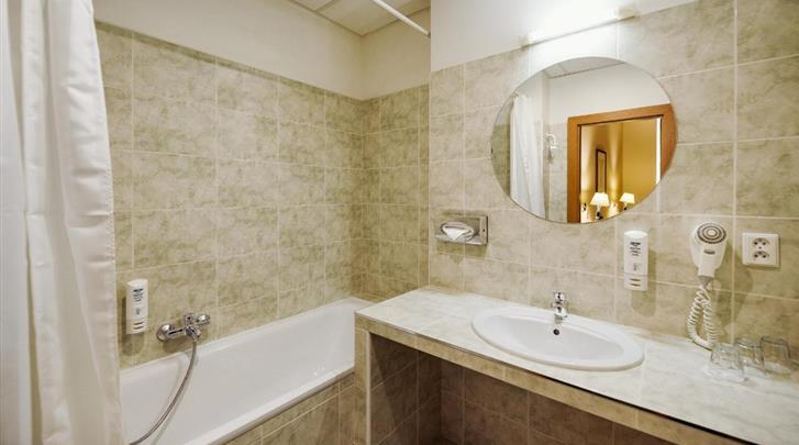 Praag, Hotel Central Prague, Badkamer