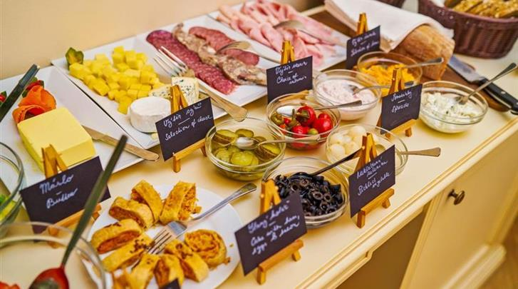 Praag, Hotel Josephine Old Town Square, Ontbijtbuffet