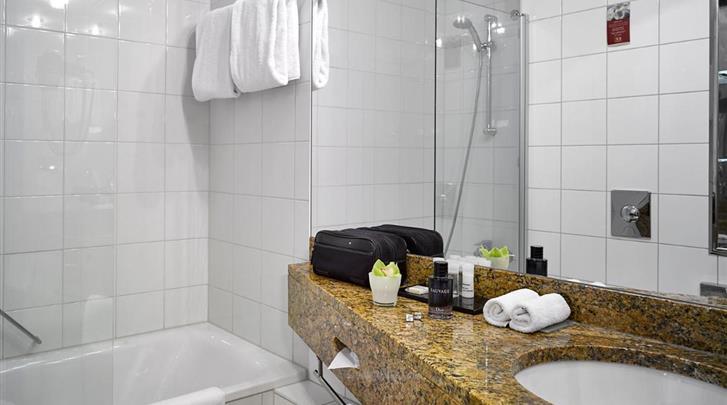 Praag, Hotel K+K Central, Badkamer