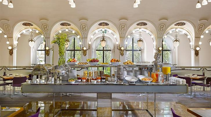Praag, Hotel K+K Central, Ontbijtbuffet
