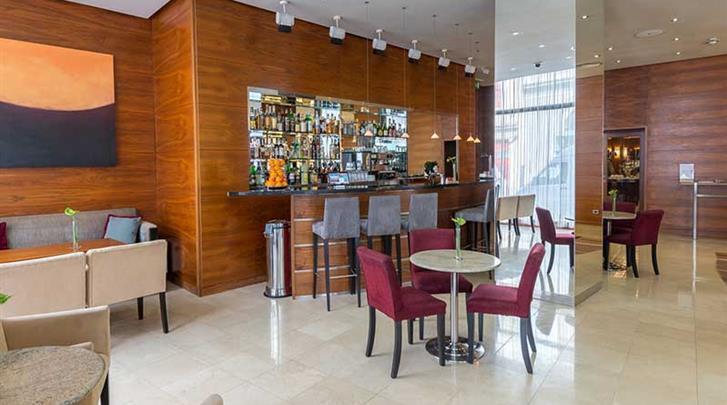 Praag, Hotel K+K Fenix, Hotelbar