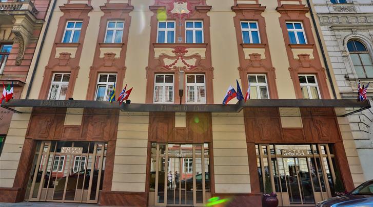 Praag, Hotel Meteor Plaza, Façade hotel