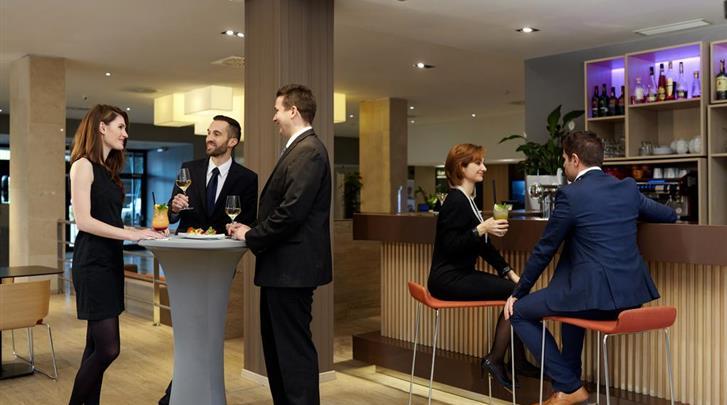 Praag, Hotel Occidental Praha, Hotelbar