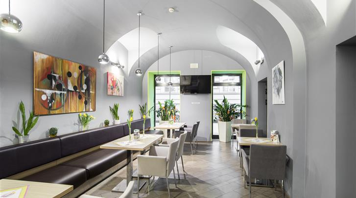 Praag, Hotel Pav, Lobby bar